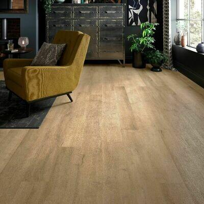 Light Oak ClicLux LVT Flooring 121.9 x 17.7 cm