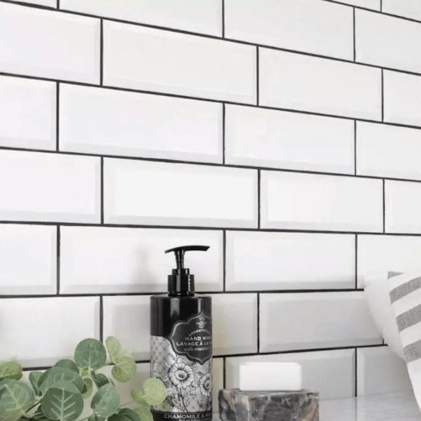 Metro White Wall Tiles Gloss Bevelled 10 x 30 cm
