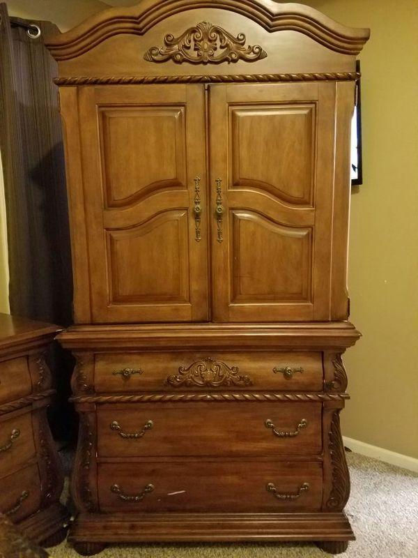 Offer Up Furniture