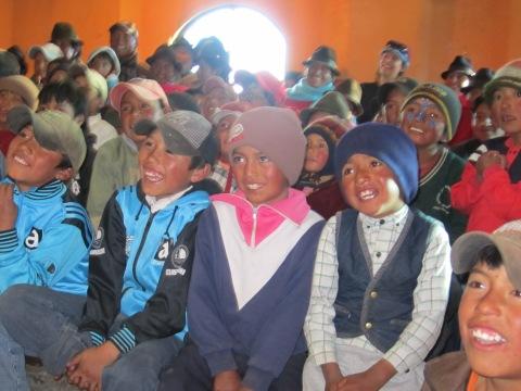 Lautes Gelächter in Quilotoa