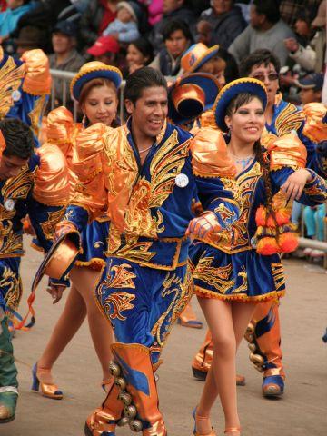 Tanzende Gruppe