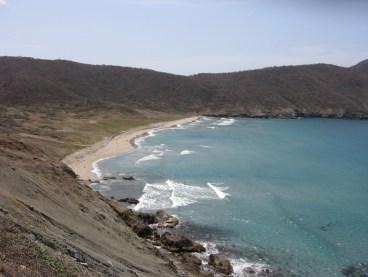 Playa_de_las_7_olas,_Parque_Tayrona