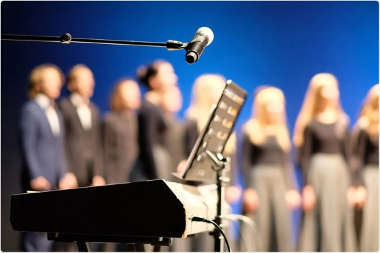 High SARS-CoV-2 attack rates associated with singing events