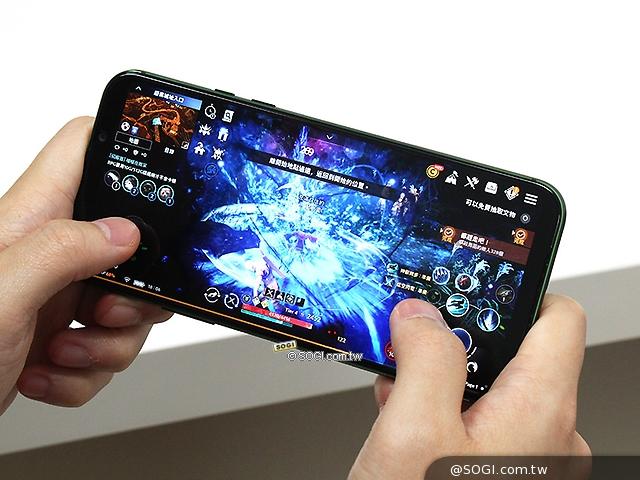 為遊戲體驗而生!黑鯊手機2開箱與跑分測試- SOGI手機王