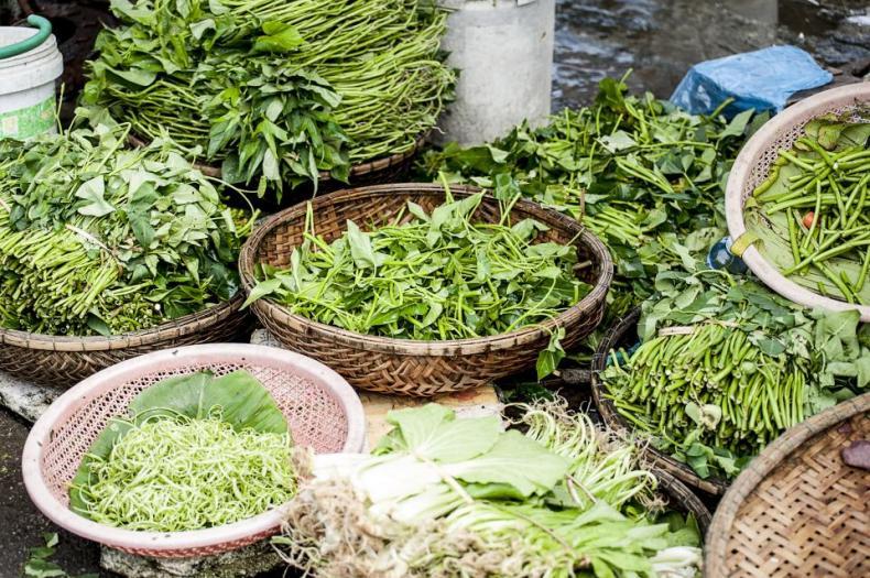 greens vegetables healthy food market basket