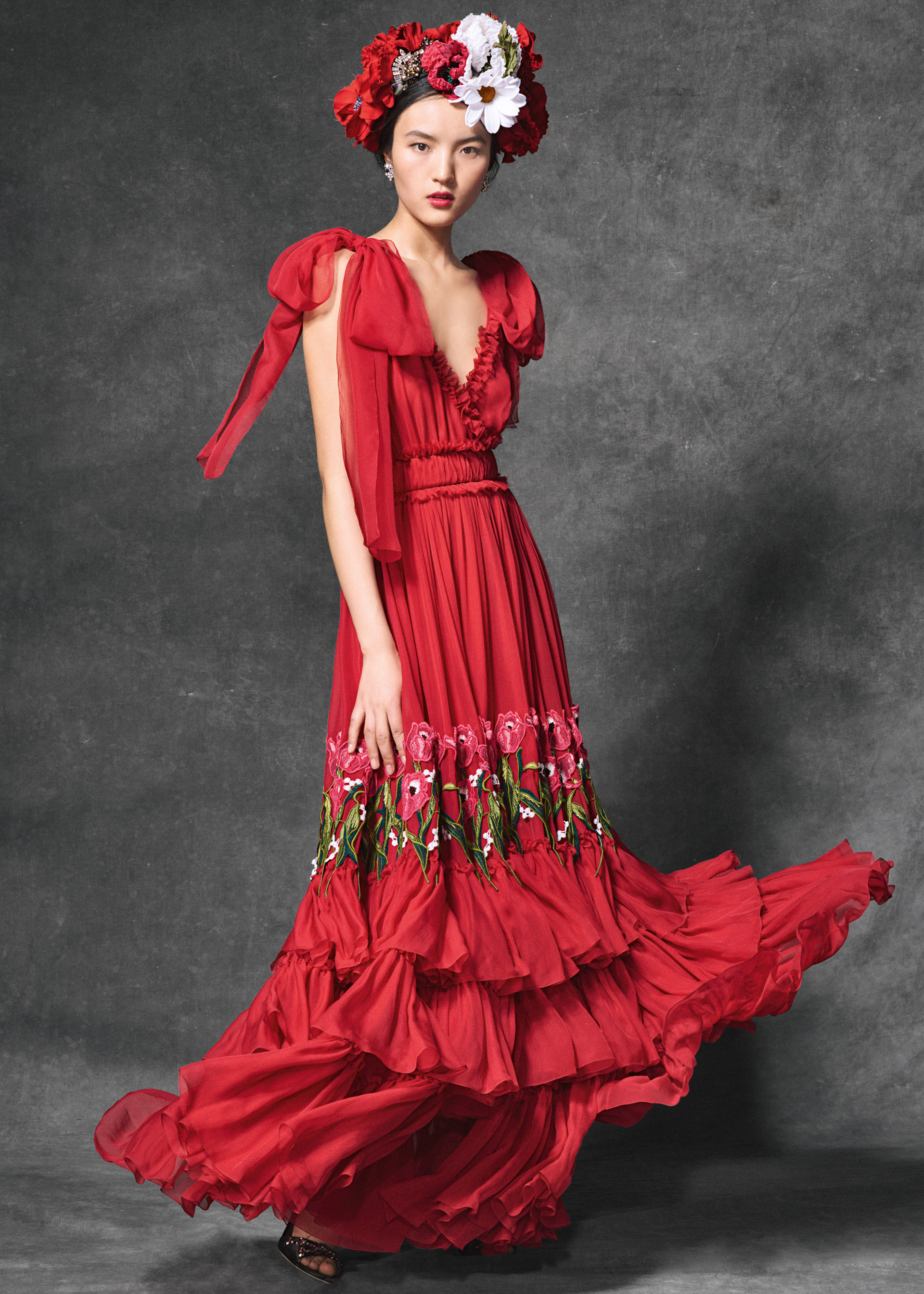 1e8f55c7 As always, their fans in the collection will find the perfect pieces for  themselves or for their loved ones. This collection of evening dresses ...