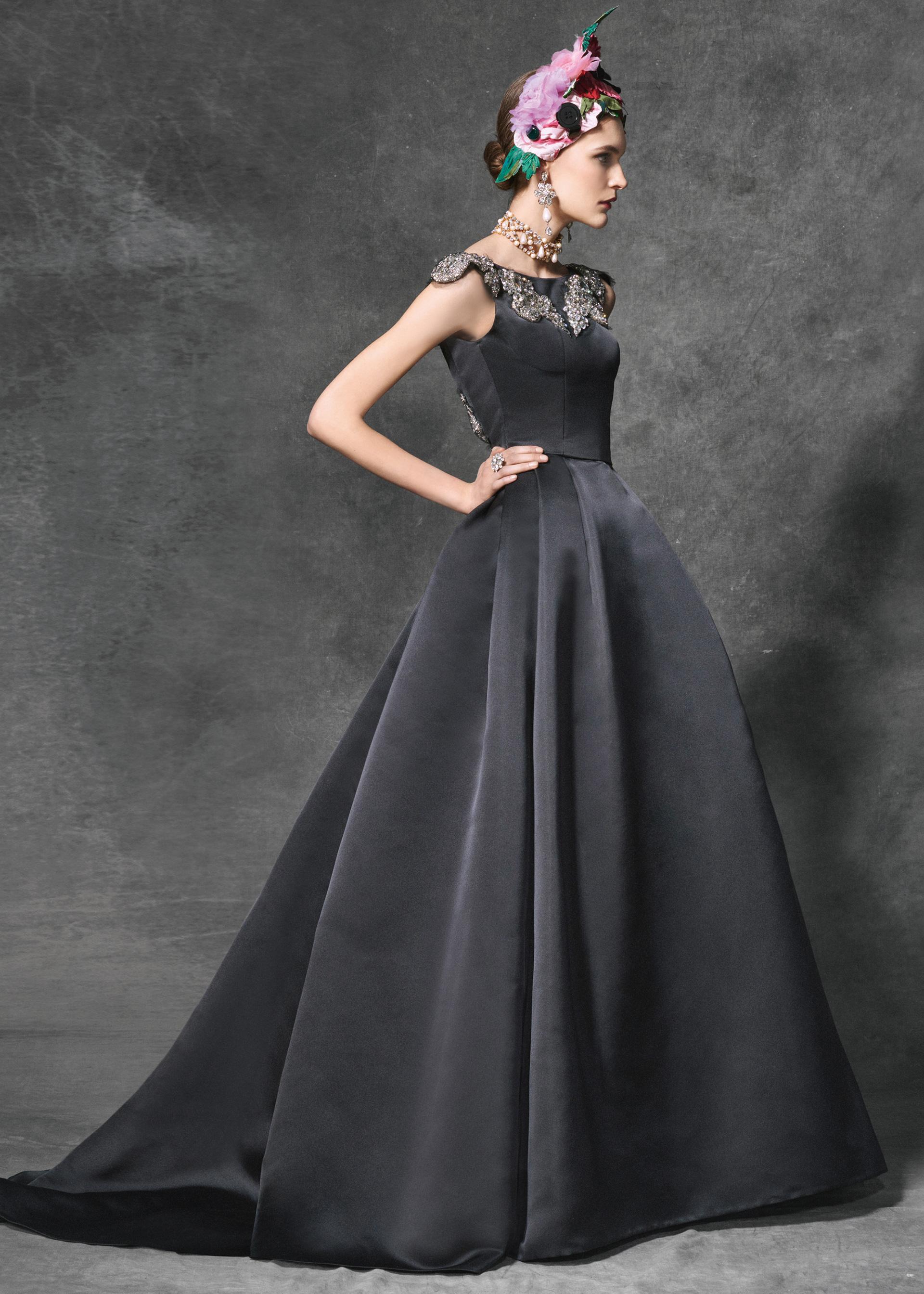 Dolce & Gabbana Evening Dresses Fall/Winter 2016/17 Collection ...
