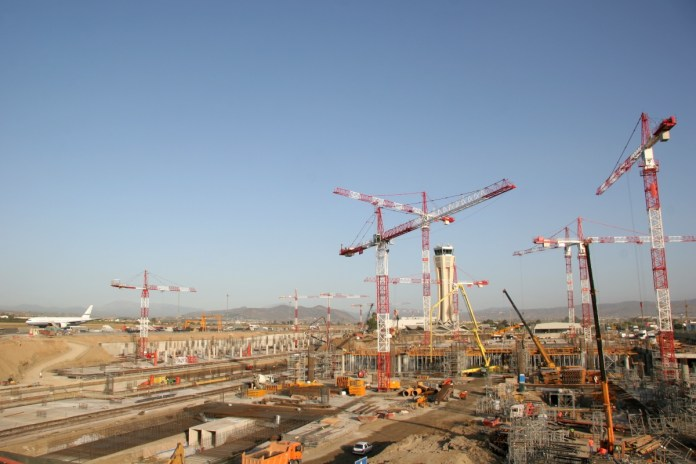 Basis дает возможность лучше прогнозировать и контролировать риски, сроки и затраты для проектов
