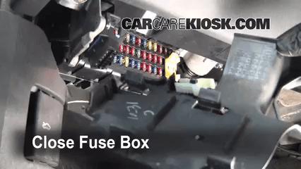 Interior Fuse Box Location 1999 2004 Jeep Grand Cherokee 2003 Wagoneer Zj