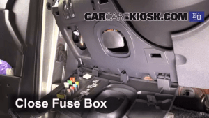 Interior Fuse Box Location: 20022008 Renault Megane  2003 Renault Megane Authentique 15L 4
