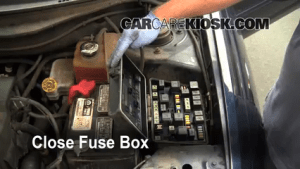 Replace a Fuse: 20042008 Chrysler Pacifica  2006