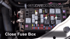 Replace a Fuse: 20042012 Chevrolet Colorado  2008