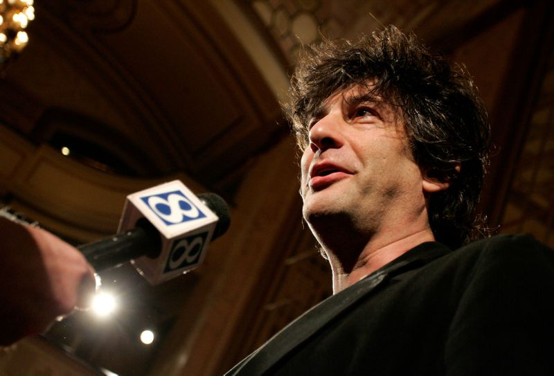 Police warn writer Gaiman over lockdown trip from New Zealand to Scotland