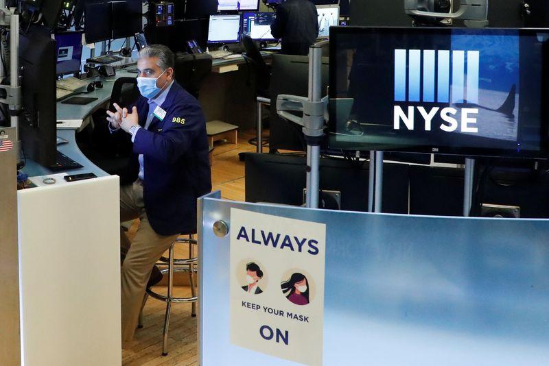 Photo of Stocks rally on EU stimulus plan, euro gains