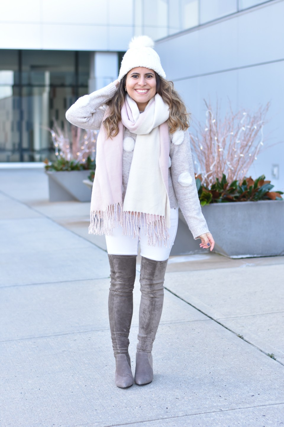 aab9e42a749 How to Style White Jeans in the Winter