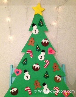 Diy wall christmas tree to save your space 31