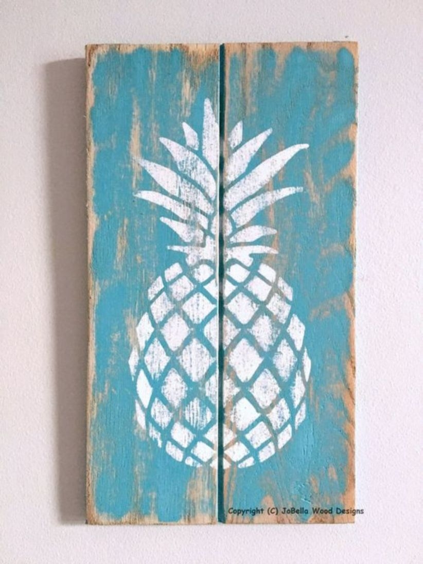 Shipping pineapple wood wall hanging