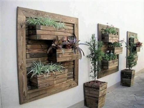 Best diy projects with pallet for your garden 33