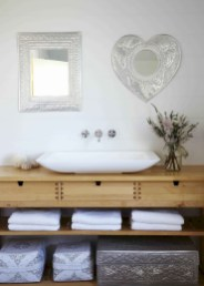 Clever ideas to makeover your mirror 11