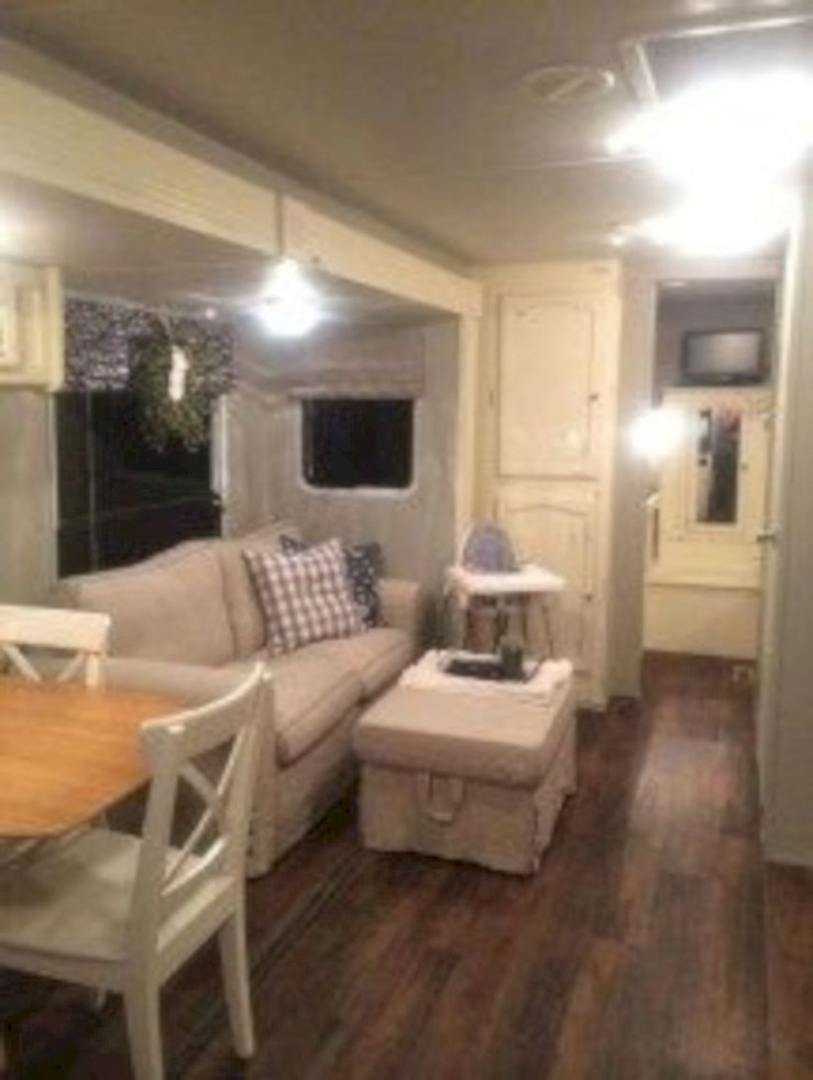 Rv living decor to make road trip so awesome 41