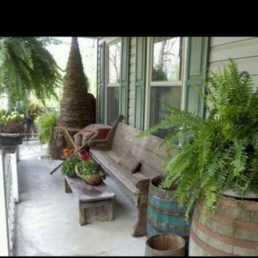 Rustic farmhouse front porch decorating ideas 22