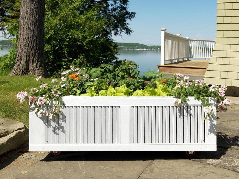 Create a mobile garden bed