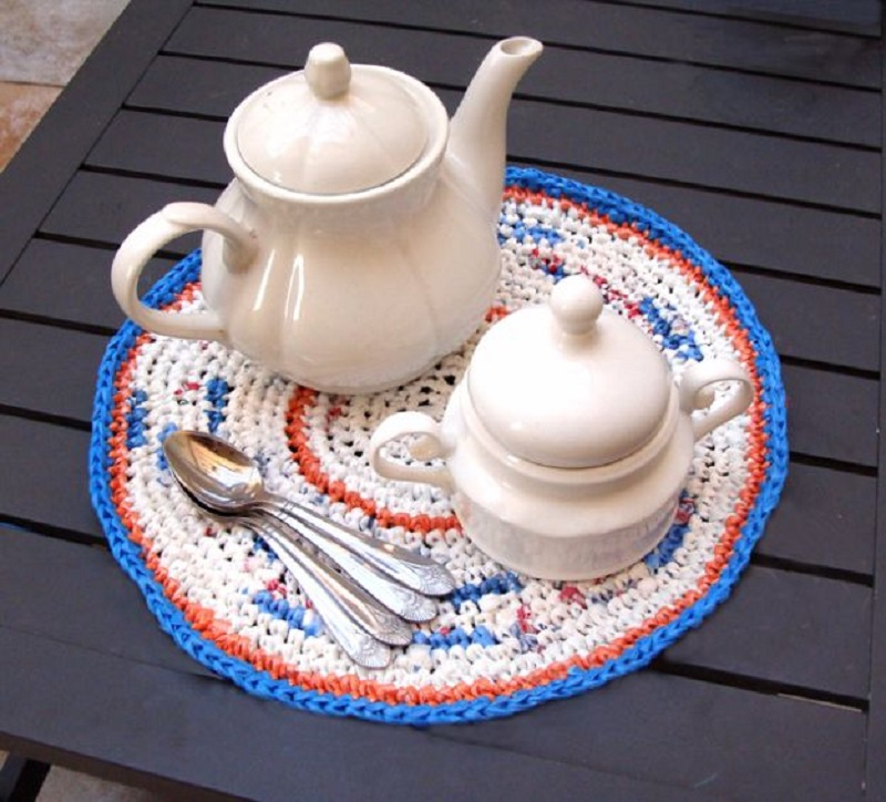 Crochet fun placemats