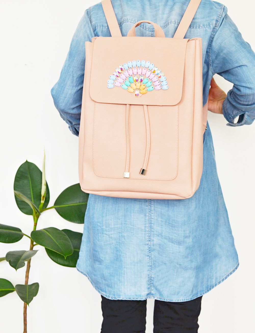 Diy colorful crystal backpack2 DIY Backpacks Ideas For Your Kids' Back-To-School Season