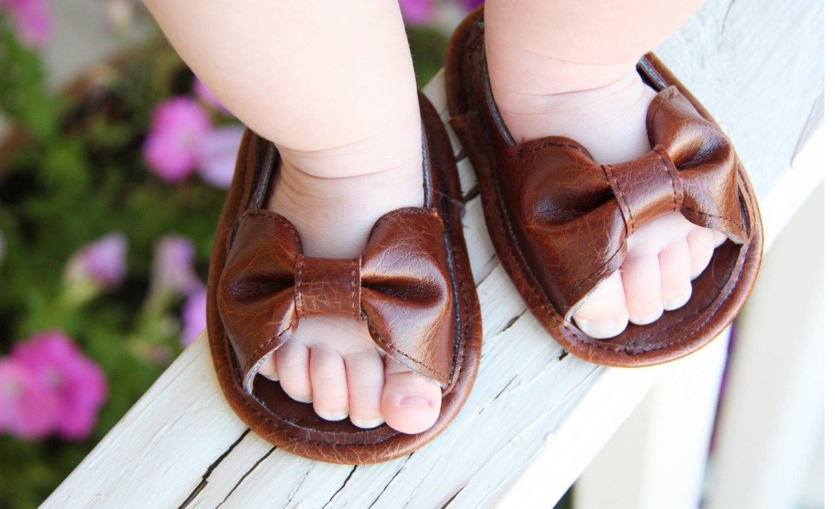 Diy sandals DIY Bewitching Baby Wear Ideas For Your Little One That Saving Your Money