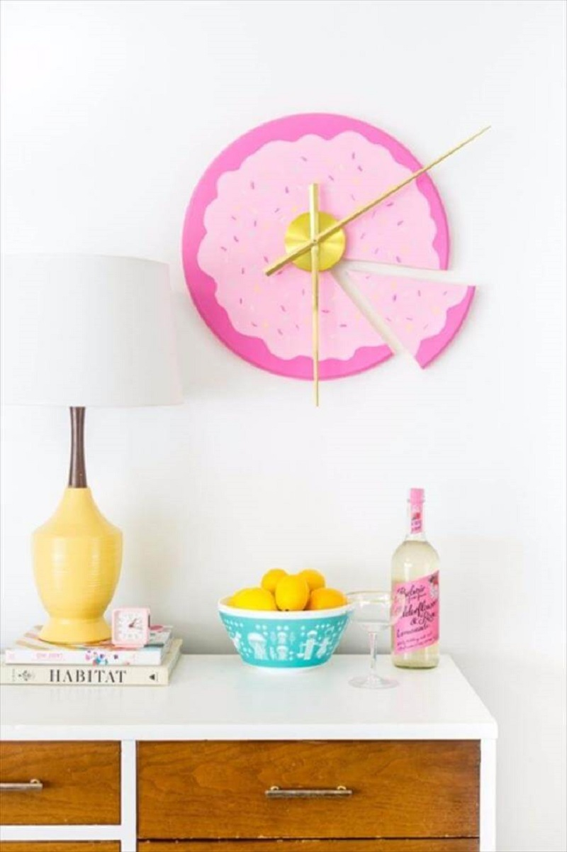 Diy sliced cake wall clock DIY Room Decoration Ideas Where Teens Can Do It In A Short Time