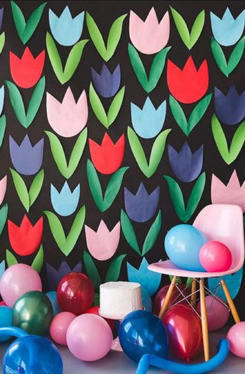 Paper tulip wall