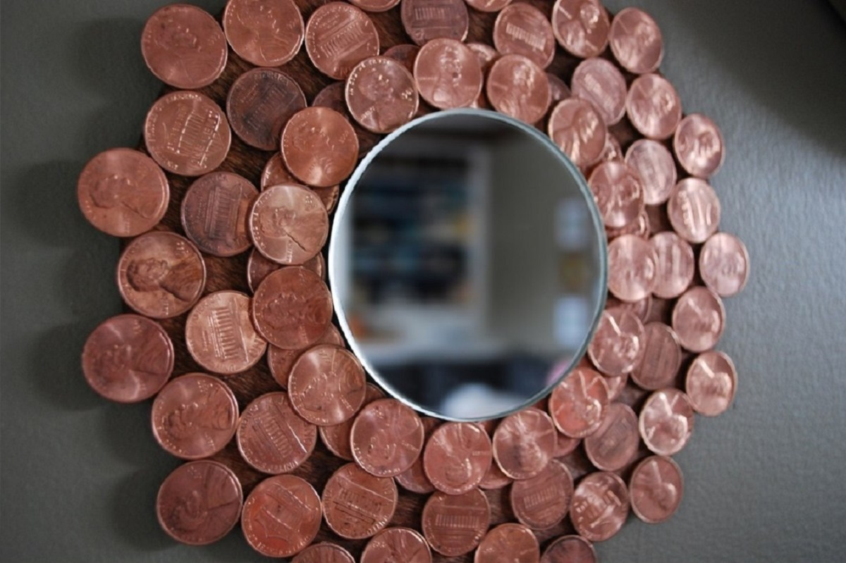Penny starburst mirror Remarkable DIY Decoration Ideas You Can Make At Home With Pennies