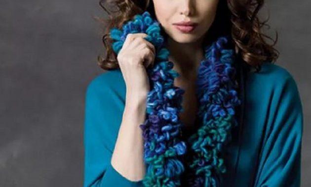 Loop chain scarf