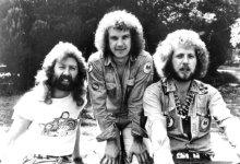 Tralhas do porão: Three Man Army
