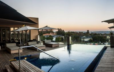 Southern Sun Hyde Park | Sandton Hotel | Relax in Style