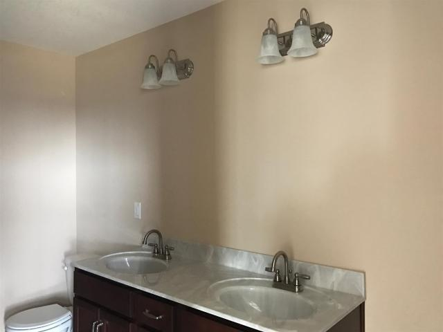 $187,900 - 3Br/2Ba -  for Sale in Anderson Place, Clarksville