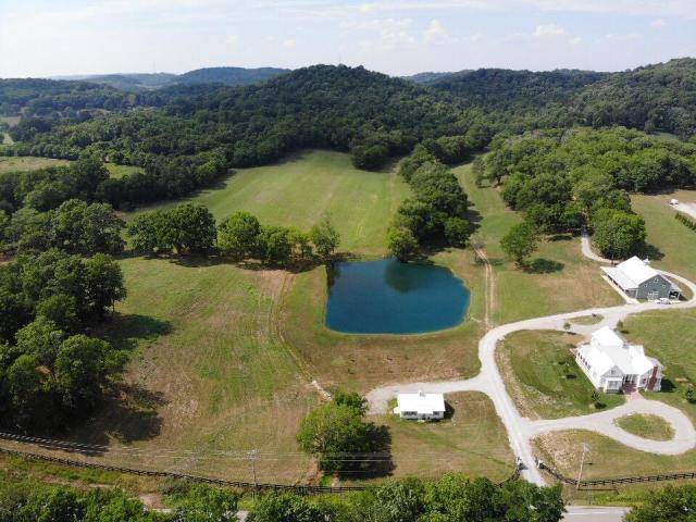 $4,999,999 - 5Br/4Ba -  for Sale in Lackey Doug, Thompsons Station
