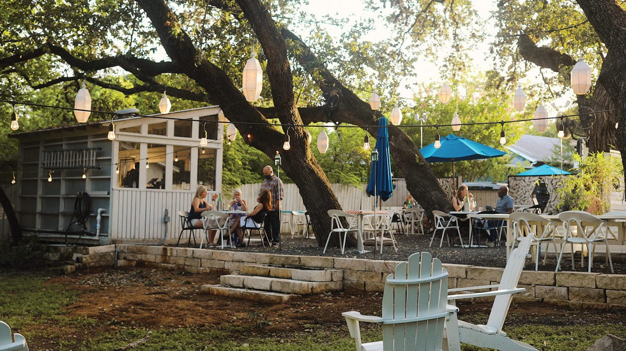 the best spots for outside dining in