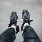 国内7月19日0時発売予定  ADIDAS ORIGINALS NMD _R1 Blackout/Whiteout Pack
