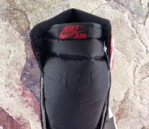 air-jordan-1-bred-toe-555088-610-06