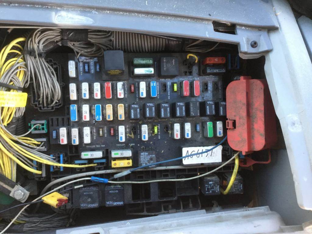 2002 freightliner fuse box - wiring diagram schematic hill-visit-a -  hill-visit-a.aliceviola.it  aliceviola.it