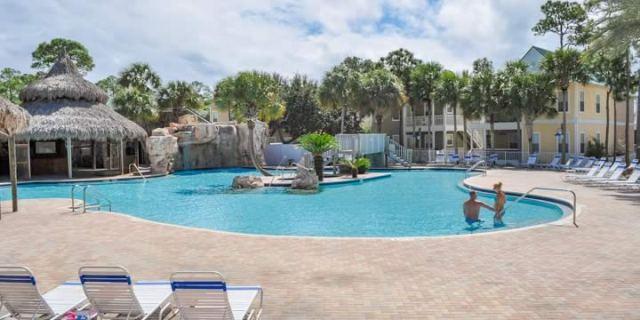 Perdido Key condominium pool and deck