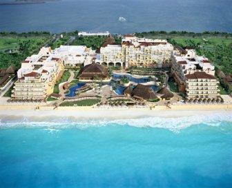 Aerial view of Fiesta Americana Condesa Cancun