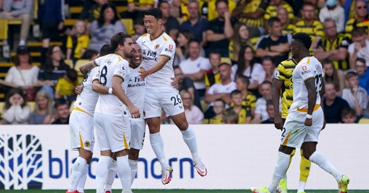 Hwang Hee-Chan fires Wolves to their first victory of the 21/22 season | Wolves vs Brentford