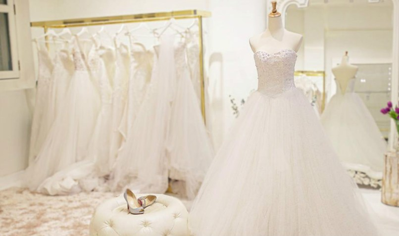 Wedding boutiques invitationjpg bridal boutiques in singapore where to or custom make the junglespirit Images