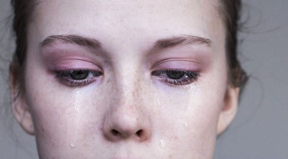 泣く에 대한 이미지 검색결과