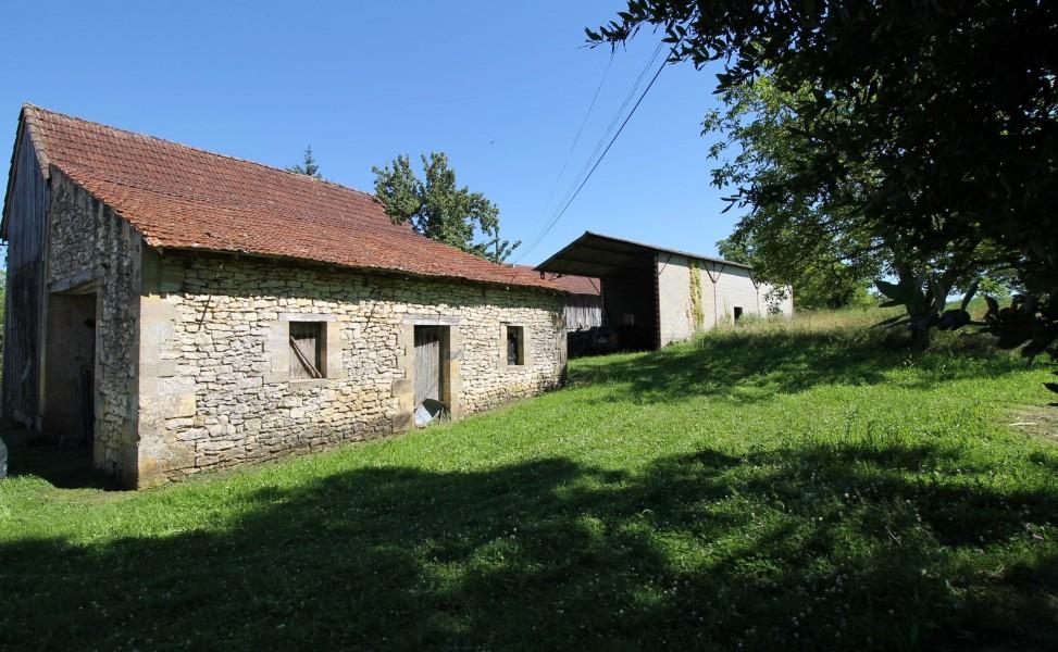 grange a vendre a st cyprien dordogne aquitaine avec leggett immobilier