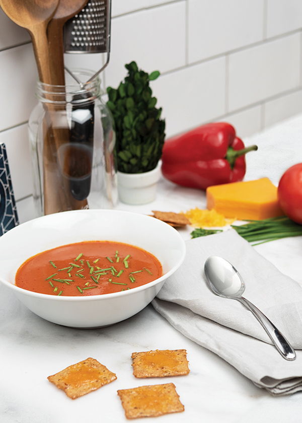 Creamy Tomato and Roasted Pepper Soup