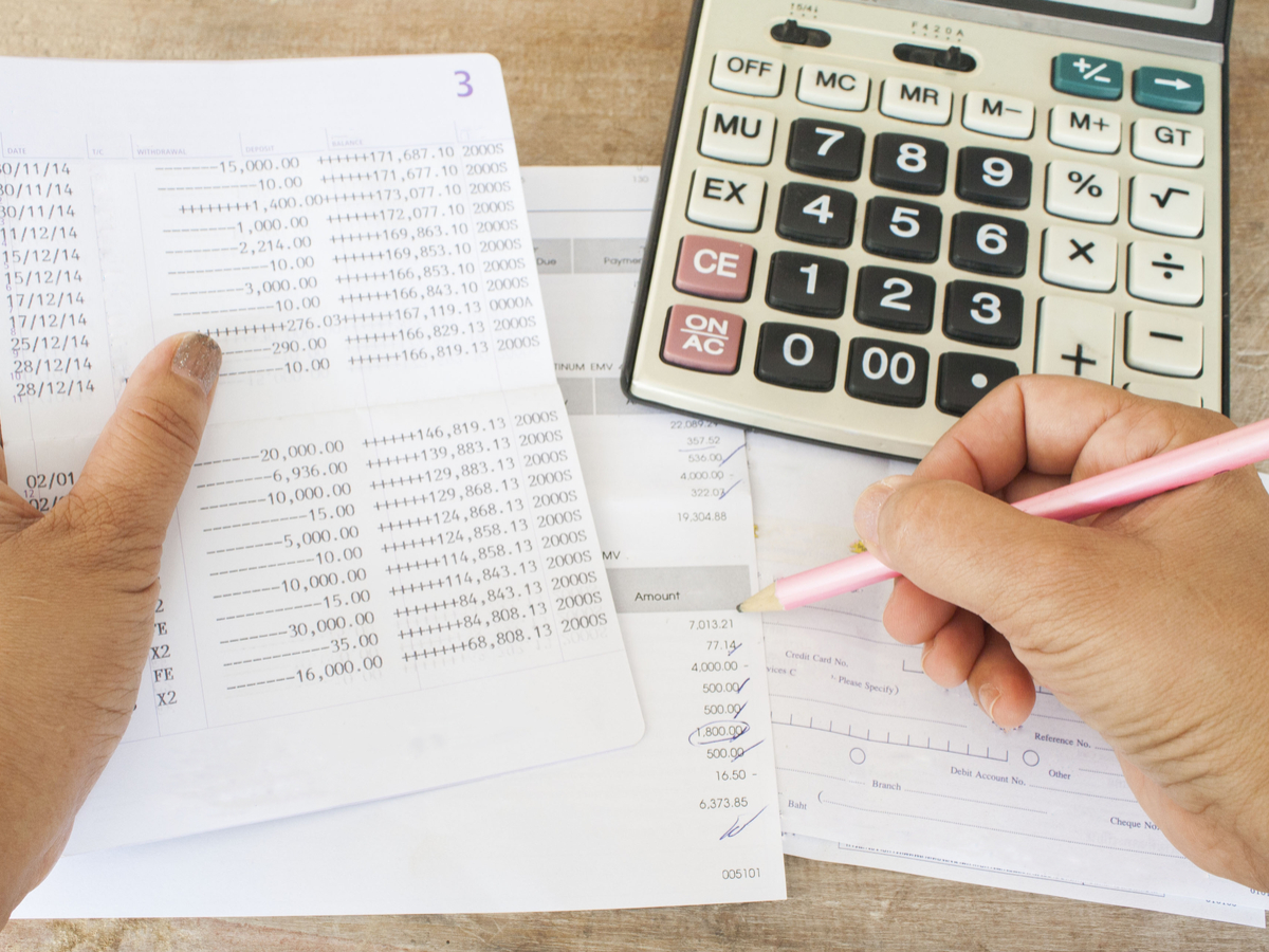 Excel Sheet Or Money Manager App What Helps You Track
