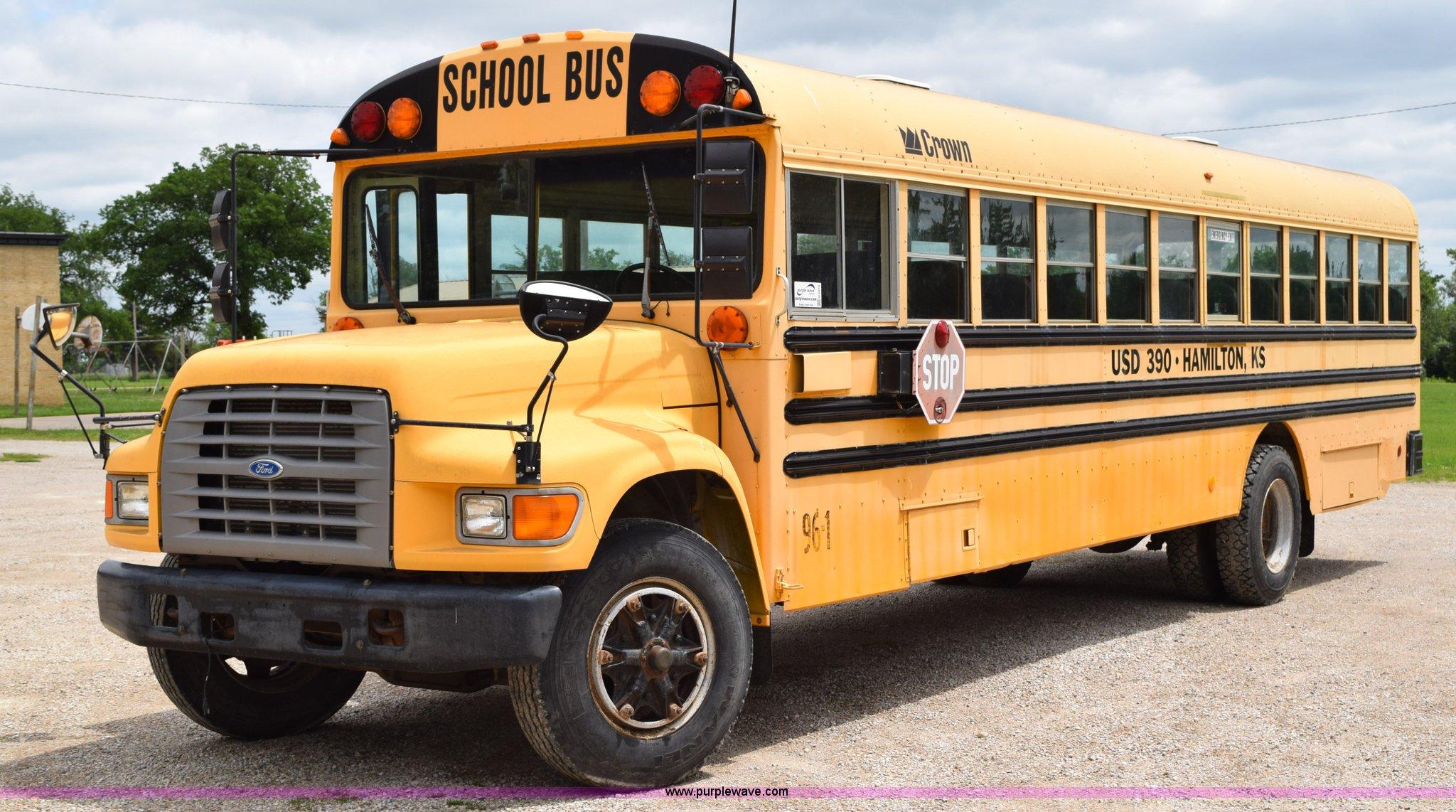 1996 Ford B800 School Bus